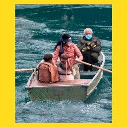 мем - Берни Сандерс -  женщина с завязанными глазами управляет лодкой